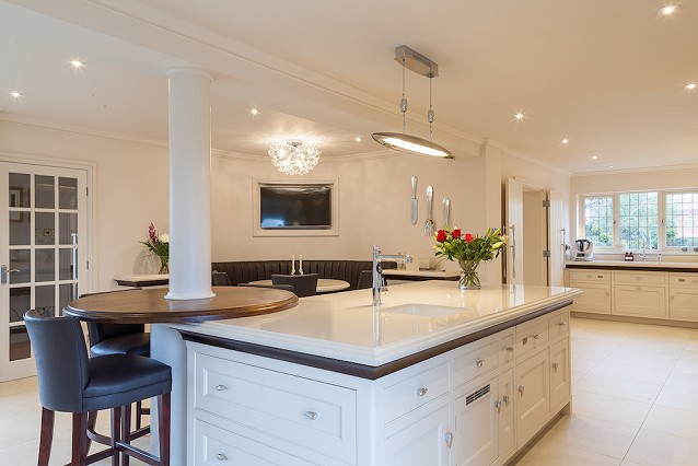 Contact David Lisle Kitchen Design, Macclesfield, Cheshire.