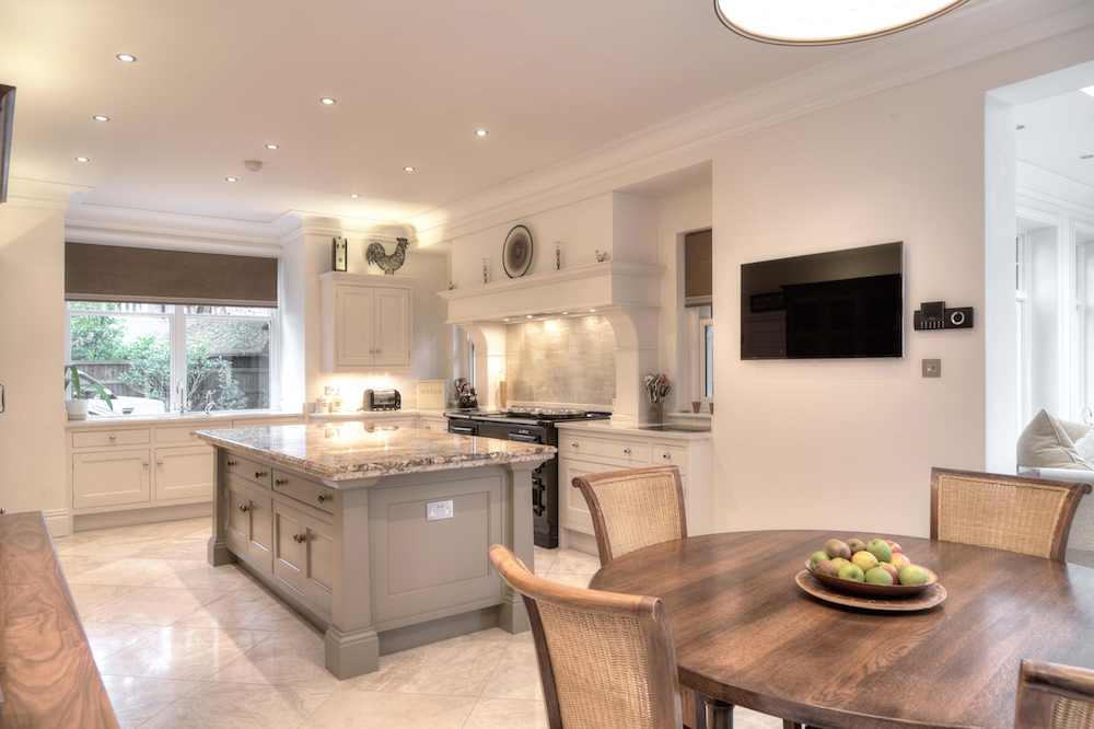 Cream & Grey Kitchen - Hale, Cheshire | Kitchens Cheshire