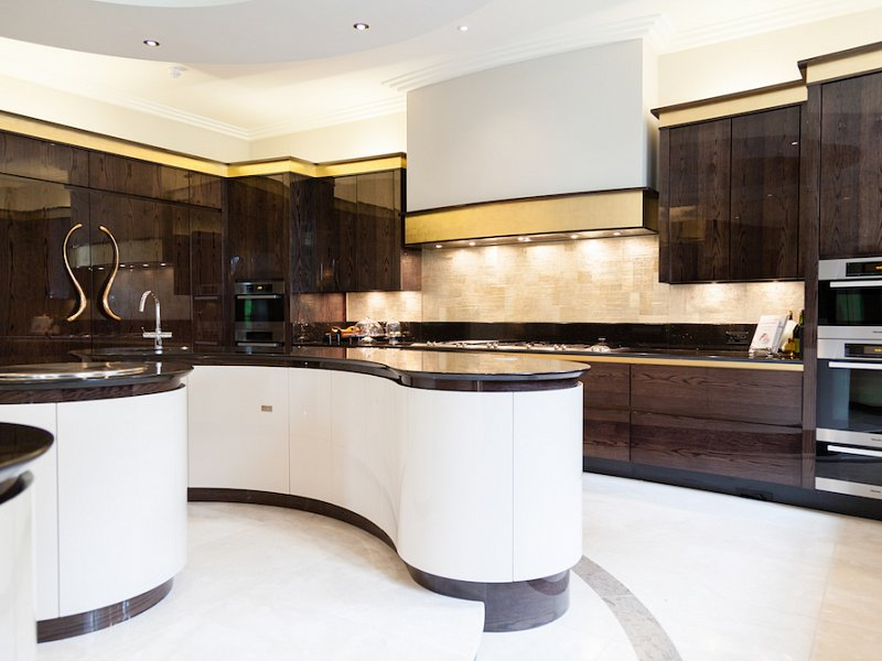 Parapan White High Gloss Oak Kitchen - Alderley Edge, Cheshire